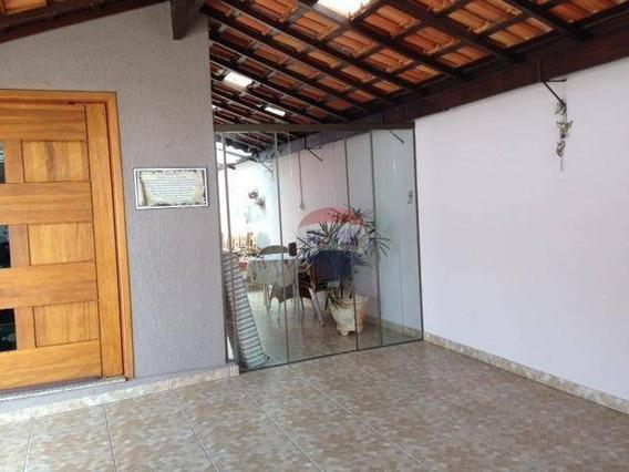 Casa Com 2 Dormitórios À Venda, 160 M² Por R$ 210.000,00 - Conjunto Habitacional Humberto Popolo - Botucatu/sp - Ca0716