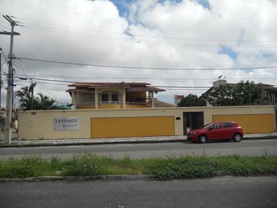 Casa Comercial 600m², Cozinha, Gabinete, 7 Suítes, Despensa