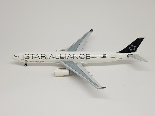 Miniatura Aeroclassics 1:400 Air Canada  Star Alliance