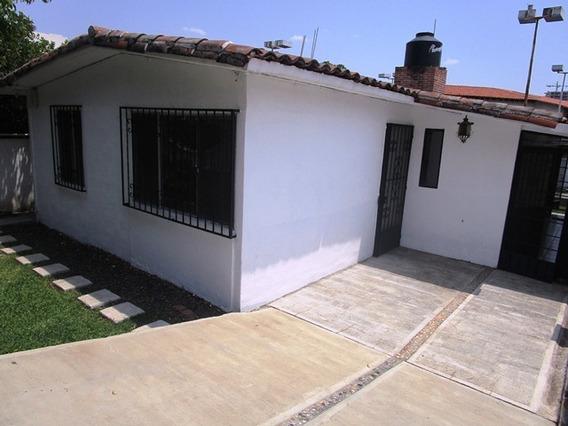 B3111. ¡seguridad 24 Hrs! Bonita Casa En Delicias