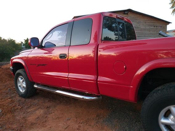 Dodge Dakota Sport Ce 3.9 V6 2001 R$ 22.900,00