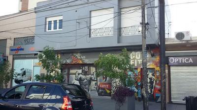 Alquiler Excelente Local En Castelar Zona Comercial