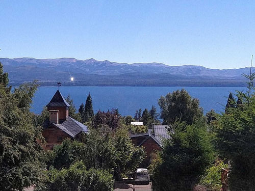 Imagen 1 de 14 de Alojamiento Con Vista Al Lago