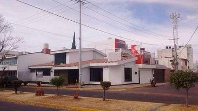 Casa En Venta O Renta En Esquina En El Mirador Puebla