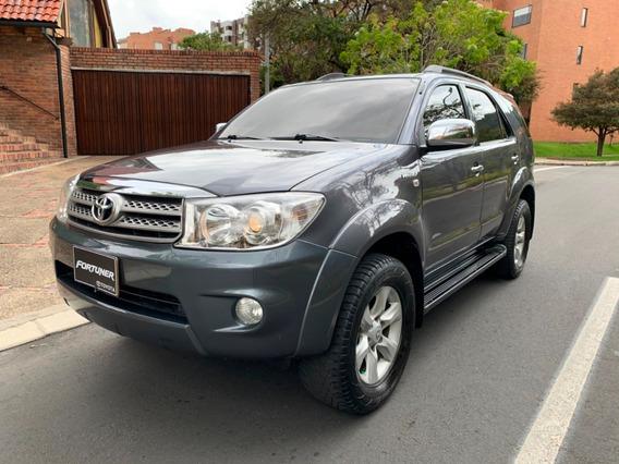 Toyota Fortuner 2.7 Full Equipo
