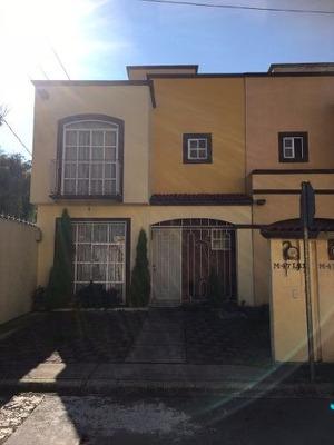 Casa En Esquina Villas De La Hacienda Ii