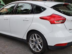 Ford Focus 2.0 Se Luxury Ta Mt