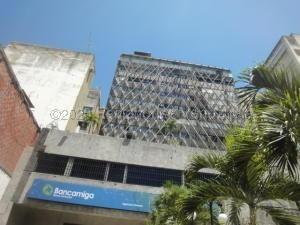 Oficina En Alquiler En Chacao 21-50 #ventasdeleste