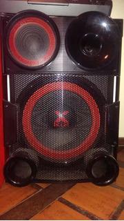 Equipo De Audio LG Xboom (cm9730) 2300w Rms