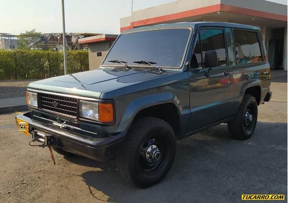 Chevrolet Trooper Dlx