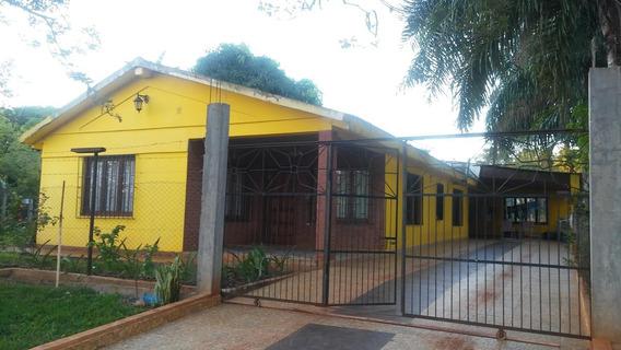 Venta De Casa Quinta Super De 3300mts. En Barrio Santa Ana, Misiones.