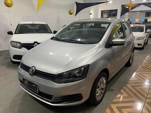 Imagem 1 de 11 de Volkswagen Fox 2018 1.6 Comfortline Total Flex 5p