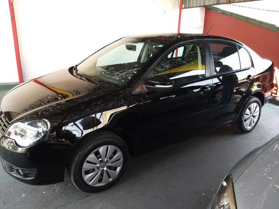 Polo Sedan 2014/preto/completo