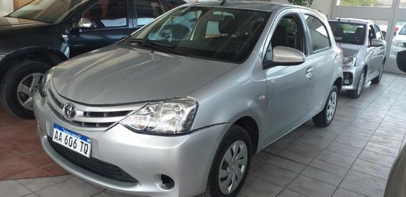 Toyota Etios 1.5 5p Xs 6mt 2016