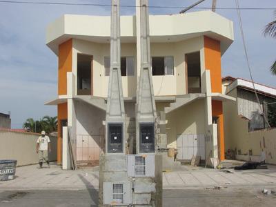 Casa Sobreposta Alta Na Praia De Itanhaém.