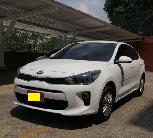 Kia Rio  Automatico 1.4 Litros Sedan Modelo 2018 32.000 Kilo