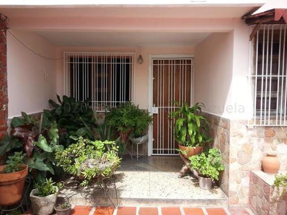 Casa En Venta Zona Este Barquisimeto 21-4963 Zegm
