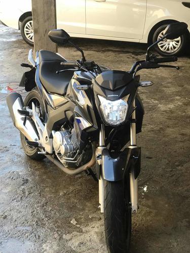 Imagem 1 de 8 de Honda Cb 250
