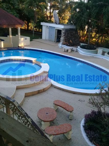 Condplus Real Estate Vende Hermosa Finca