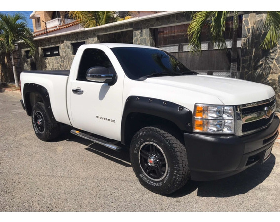 Chevrolet Silverado Pick Up 4x2