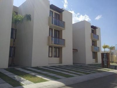 Departamento En Renta Puerta Real Residencial
