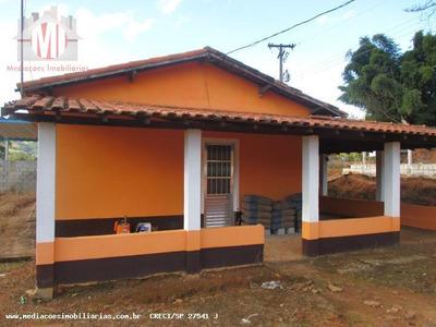 Chácara A Venda Em Socorro, Centro, 3 Dormitórios, 1 Suíte, 2 Banheiros, 2 Vagas - 541