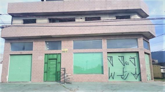 Cobertura Com Dois Dormitórios Por Apenas R$ 150 Mil!!