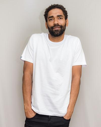 Camiseta Básica Premium Fio 30.1 Penteado