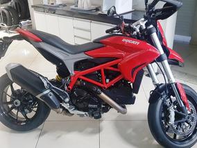 Ducaty Hypermotard 821