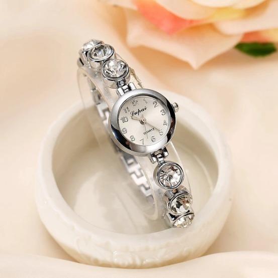 Relógio Feminino Prateado Strass - Luxo / Bracelete Barato