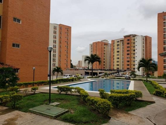Re/max Vende Apartamento El Ricon Res. Doral Country