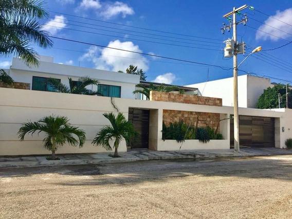 Casa En Venta En Merida, Colonia Campestre ¡icono De La Ciudad!