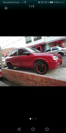 Chevrolet Corsa Sedan Sedan