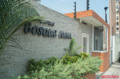 Apartamento En El Bosque, Res. Bosque Luna, Maracay, Aragua