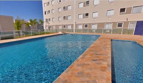 Apartamentos - Ref: L14091