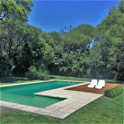 Imagen 1 de 11 de Casa - El Bosque
