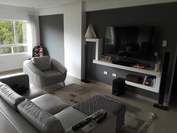 Venta Moderno Apartamento Los Nisperos 20-8715 Maria Zambran