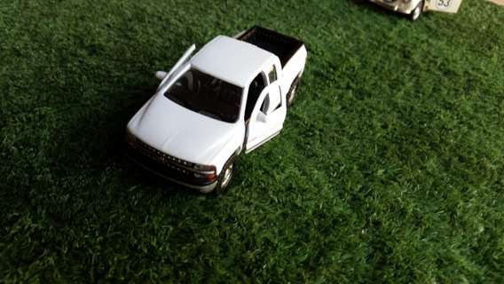 Miniatura Pick Up Chevrolet Silverado 1999