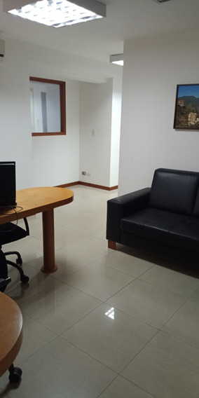 Oficina En Alquiler Av. Libertador/sb 04268216280