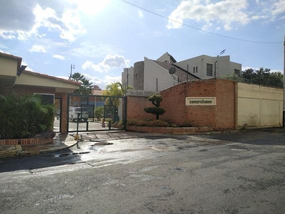 Casa Espaciosa En Conjunto Privado En Nueva Segovia