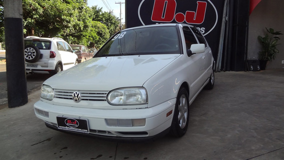 Volkswagen Golf 1.8 Mi 8v Gasolina 4p Manual