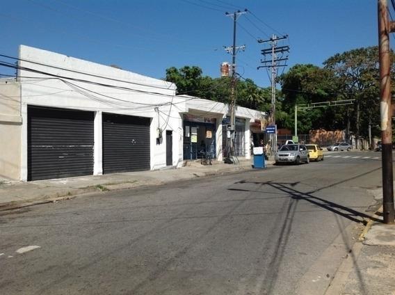 Venta De Local Comercial En Av. Rojas Queipo - Lerry Paez
