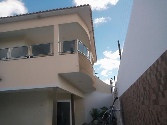 Casa Com 5 Quartos 3 Com Suítes E 2closets,área De Lazer Com