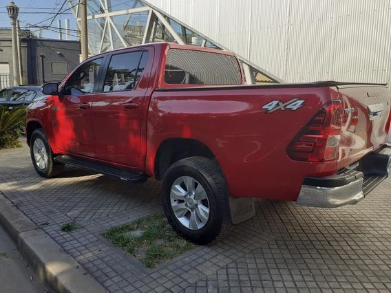 Toyota Hilux 2.8 Cd Sr 177cv 4x4 2016