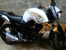 Vendo Moto Yamaha Motor 150 Con Soat Vigente