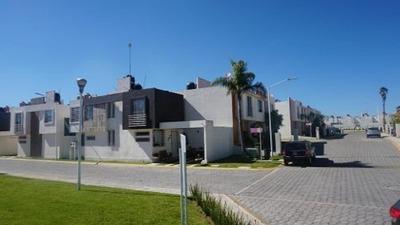 Venta De Casa Residencial Floripa Coronango