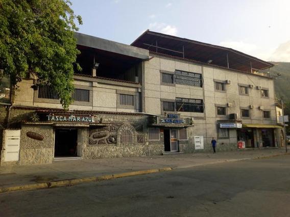 Hotel En Macuto Cod: 20-11853