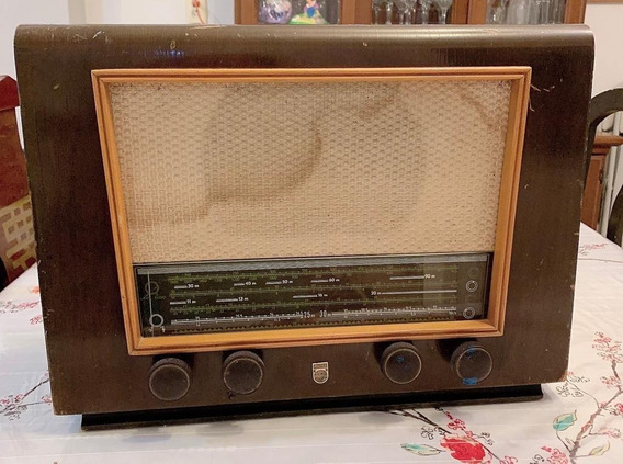 Radio Philips Antiguo De Bulbos