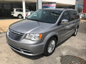 Chrysler Town & Country 3.6 Limited At 2016