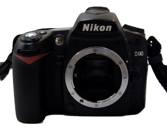 Máquina Fotográfica Nikon D90 Dslr Usada